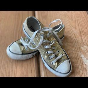 Gold sparkle converse